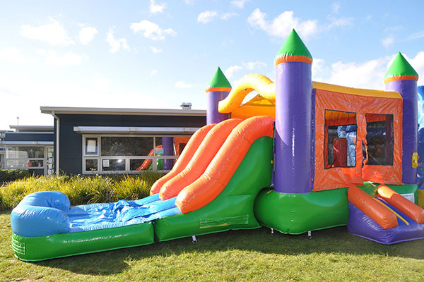 3in1-treasure-island-bouncy-castle-1 copy