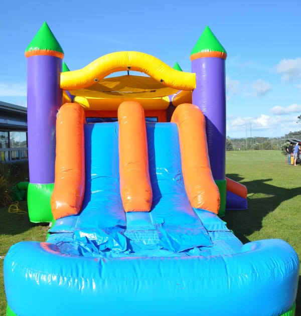 3in1-treasure-island-bouncy-castle-4