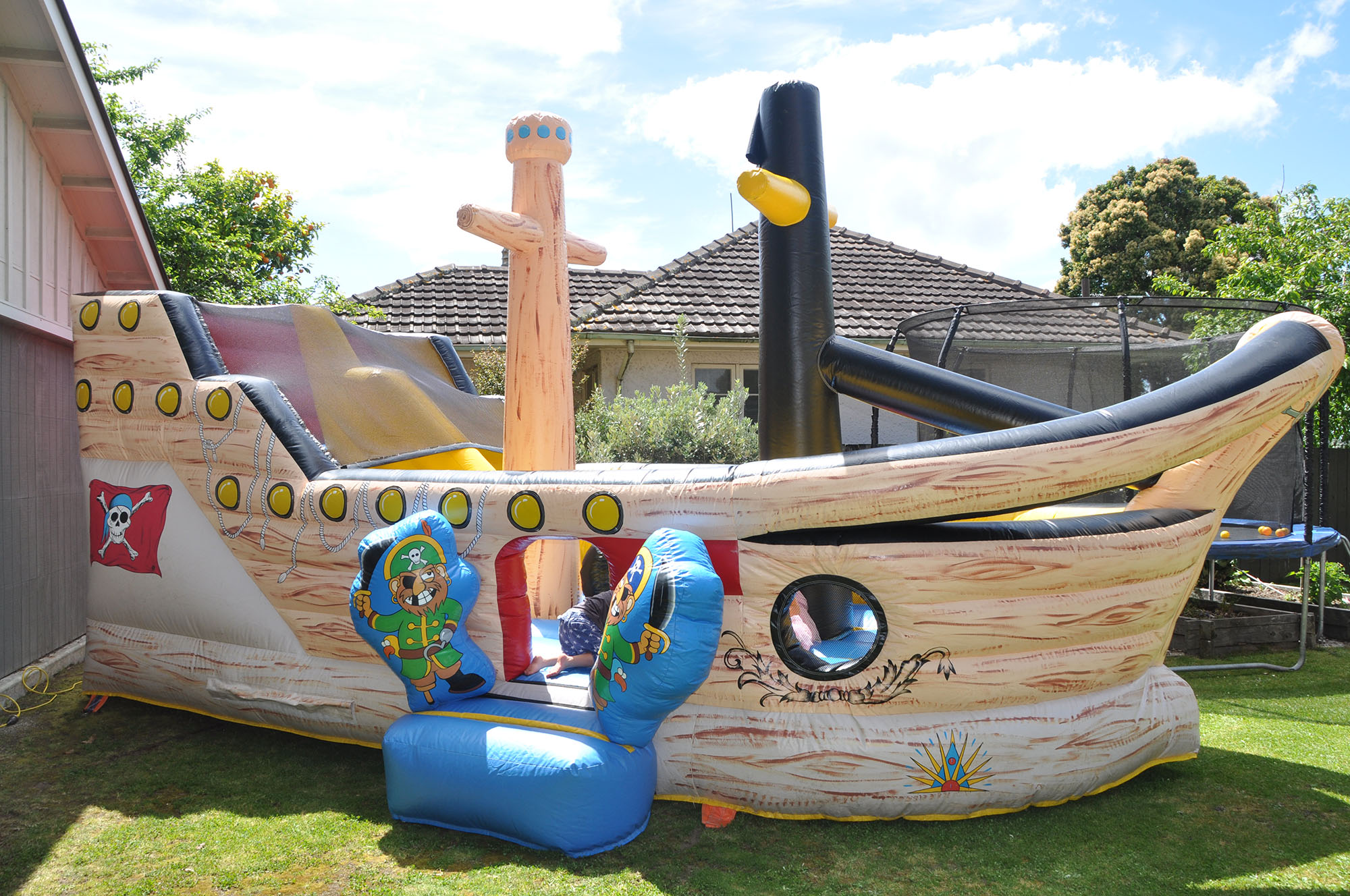 3in1 Pirate Ship Bouncy Castle Neverland Castle